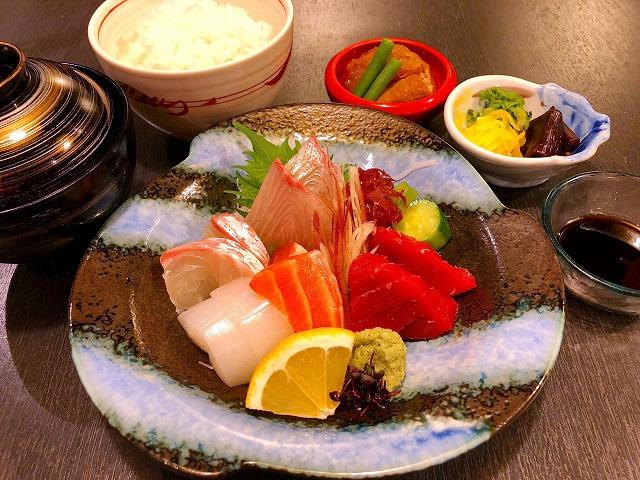 刺身定食 1,200円(税別)