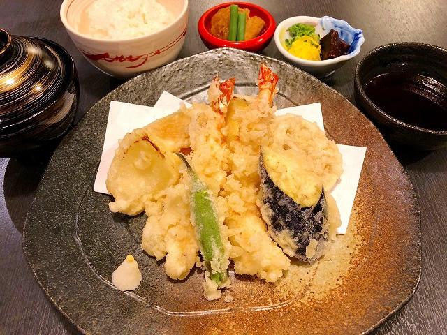 天ぷら定食 1,000円(税別)