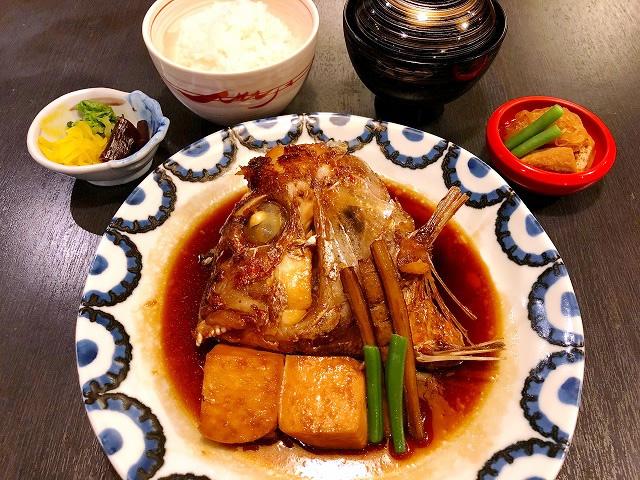 鯛かぶと煮定食 1,200円(税別)