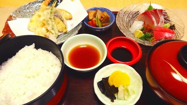 池田屋定食(ごはん)1,800円(税別)