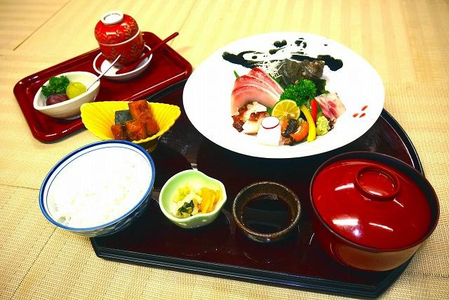 刺身定食 1,800円(税別)